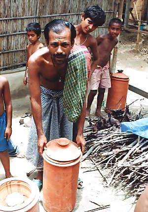 Distribution of clay pot filter to arsenic patients